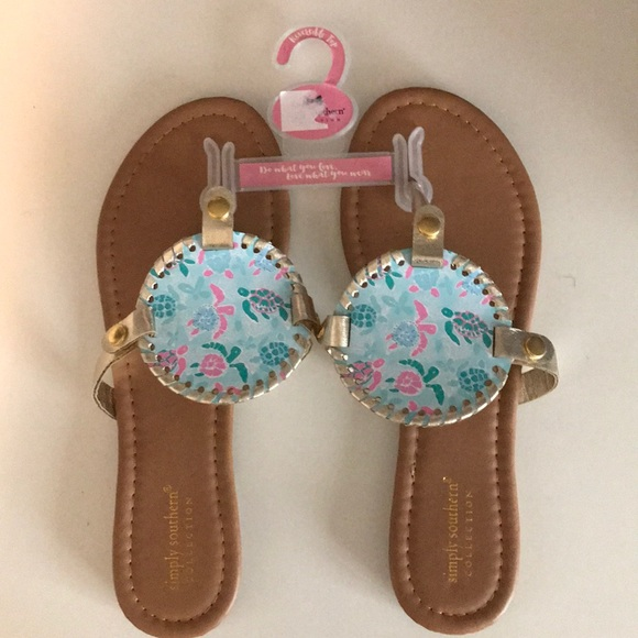 5bd3e824f584 Simply Southern Reversible top sandals
